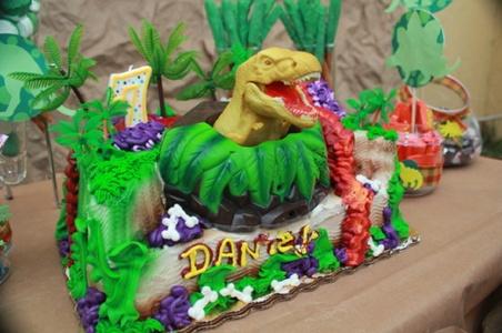 Festa de aniversário com tema de dinossauros 1 Festa De Aniversário Com Tema De Dinossauros