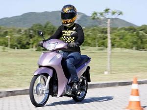 Honda Biz 2011 Preços e Fotos 3 Honda Biz 2011, Preços e Fotos