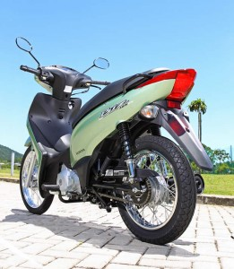 Honda Biz 2011 Preços e Fotos 5 261x300 Honda Biz 2011, Preços e Fotos