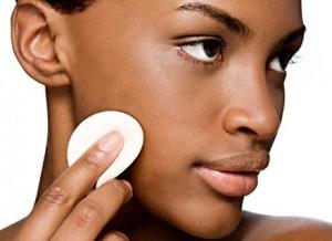 Maquiagem 2 300x218 Linha de Maquiagem Para Pele Negra