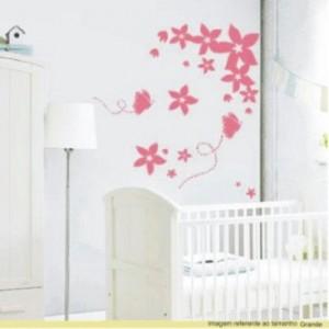 adesivos de parede para quarto de bebe 300x300 Como Decorar Quarto de Bebe Gastando Pouco