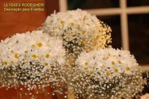 decoração com mini margaridas 1 300x199 Decoração Com Mini Margaridas