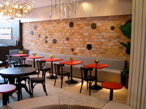 Decora o de restaurantes rusticos for Modelos de restaurantes