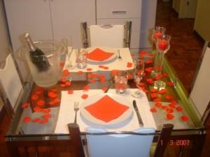 mesa decorada 300x225 Decoração De Mesa De jantar Romântico, Dicas