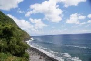 praia do calhau 300x200 Praias mais visitadas no Maranhão: Pacotes de Viagem