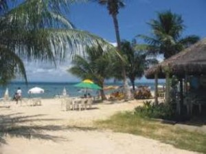 praia ponta da areia 300x224 Praias mais visitadas no Maranhão: Pacotes de Viagem