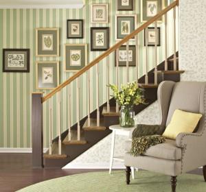 quadros parede escada1 300x280 Como Decorar Escadas, Dicas