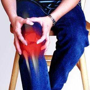 dor no joelho Dicas caseiras para melhorar inchaço nos joelhos
