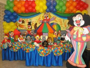 festa infantil tema circo 300x225 Decoração para aniversário de 1 ano