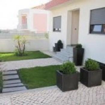 jardim 2 Jardins de fachada