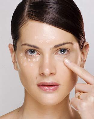olheira3 Tratamento para Clarear Olheiras