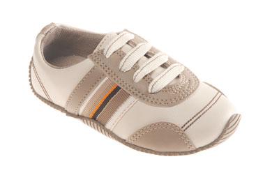 0025465 Coleção de Calçados Pimpolho Outono/Inverno 2011