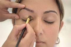 Aprenda a fazer uma maquiagem básica dicas Aprenda a Fazer uma Maquiagem Básica, Dicas