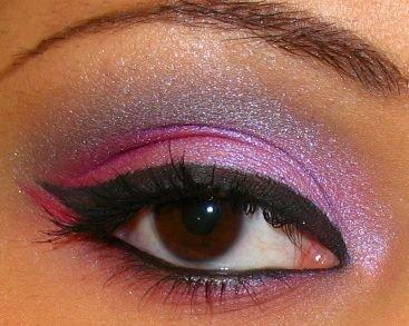 Maquiagem para olhos como usar delineador1 Maquiagem para Olhos   Como Usar Delineador