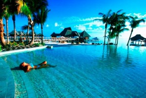 Bora 1 300x201 Resorts em Bora Bora Preços, Pacotes