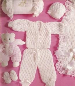CONJUNTO PARA BEBE1 259x300 Conjuntos para Bebê em Crochê