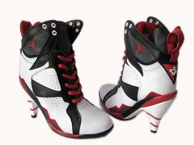 Gravatas Personalizadas para Casamento 6 Tênis de Salto Alto Nike – Modelos