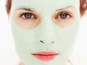 Mascara 2 300x225 Máscara de Hidratação Caseira para Rosto