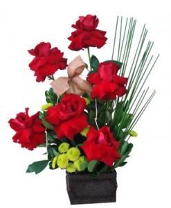 arranjos de flores 11 247x300 Curso de Florista Online