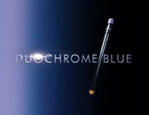 lapis de olho 1 300x231 Lápis de Olho Preto com Efeito Azul