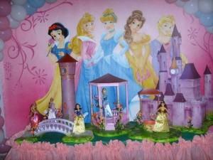 princesas disney 2 300x225 Decoração para Aniversario de 1 Ano
